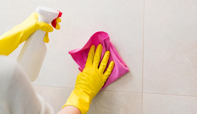 limpiar azulejos cerámicas pamplona