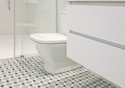 ceramica suelo baño pamplona