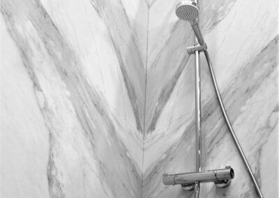 empresa reforma baño en pamplona