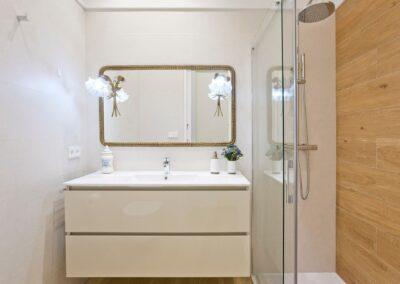 mejores tiendas de muebles baño en pamplona