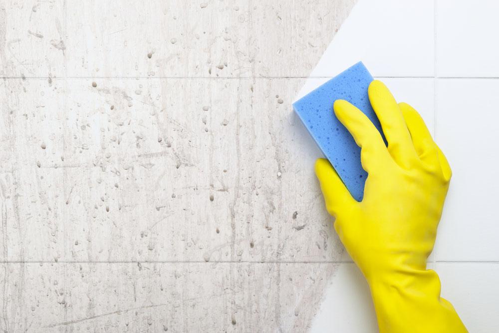 Cómo limpiar azulejos de cocina sin morir en el intento